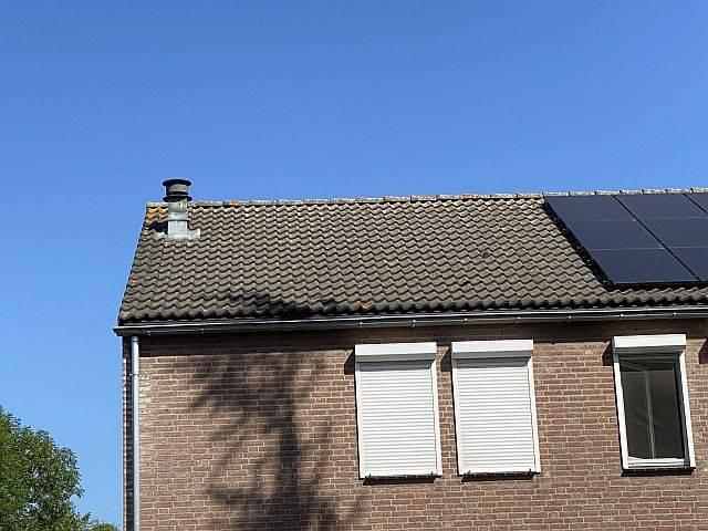 Amperum zonnepanelen Roermond toen het dak nog leeg was
